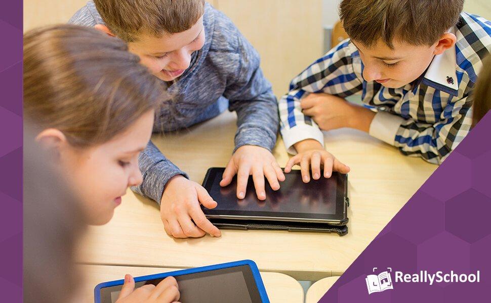 Kids on tablet